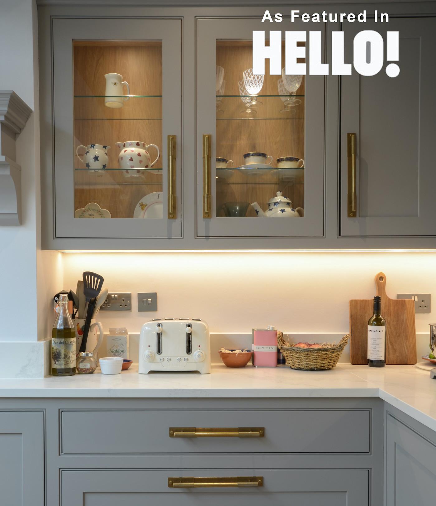 kitchen drawers, hello magazine, teapot